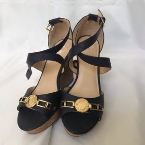 Marc Fisher Navy wedges w/gold accents 7.5